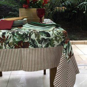 Toalha De Mesa Retangular Tropical Vinho 2,20