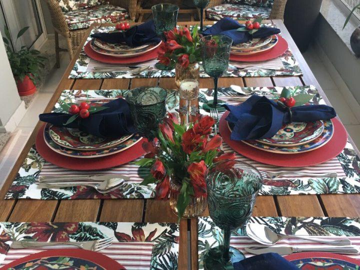 Cores complementam os momentos de confraternização à mesa.