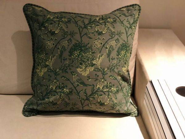 Capa de Almofada Quadrada Vivo Roma Verde no Verde